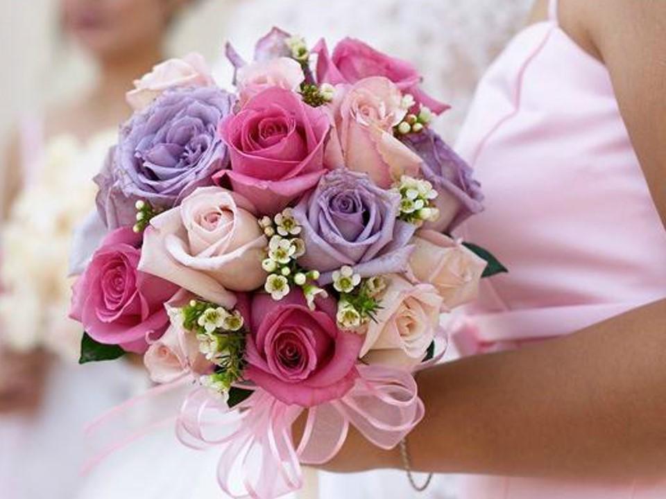 浪漫玫瑰求婚主题PPT模板